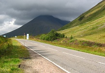 Strasse durch die Highlands